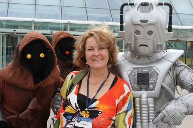 Cat at Loncon with friends, 2014